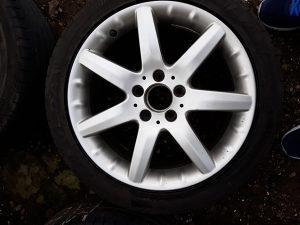 Točkovi za Mercedesa 17. Ljetne gume