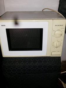 Mikrovalne pecice