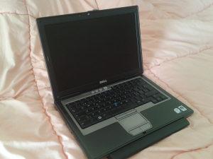 Laptop DELL DualCore 2,6 GHz;3 GB RAM;120GB HD POSLOVNI