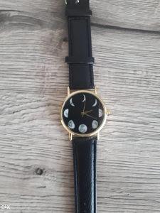 Crni ručni sat - Besplatna dostava