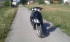 motocikli skuter
