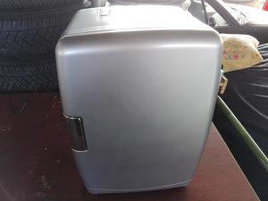 Mini frizider