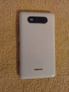 Nokia lumia 820.1