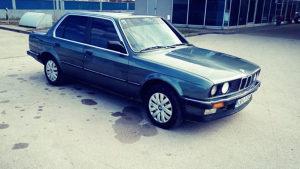 BMW 324