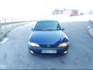 Opel Vectra 1.6i u dobrom stanju