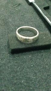srebreni muski prsten veci