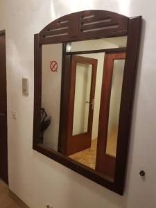 Prodajem ogledalo