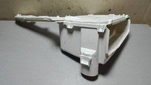 Kuciste dozirne posude/ INDESIT IWC61481/ BA1032