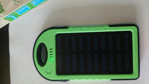 Powerbank solarni+ usb Zeleni externa baterija punjac