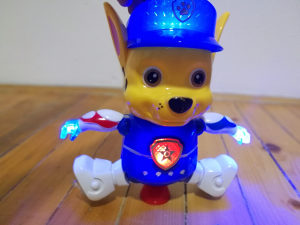 PAW Chase/Cejs igracka na baterije - svjetlo - muzika