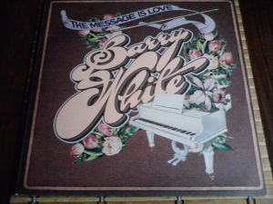 Barry White – The Message Is Love lp