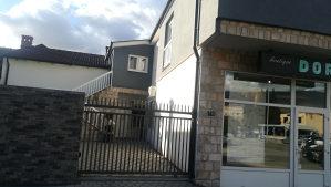 Kuća sa poslovnim prostorom Mostar