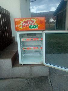 rashladna vitrina reklamni frižider
