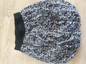 Zara suknja L