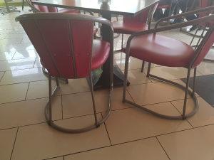 Stolice za kafic