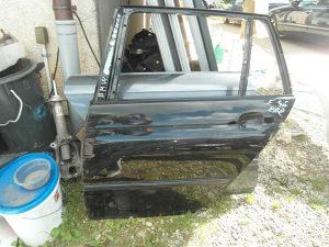 Zadnja lijeva vrata BMW 3 E46 karavan