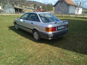 Audi 80 jaje plin