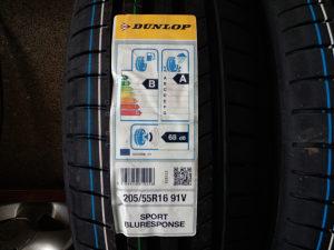 205 55 16 Ljetna guma Dunlop Bluresponse