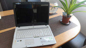 "Laptop 17"" Acer aspire 7250G"