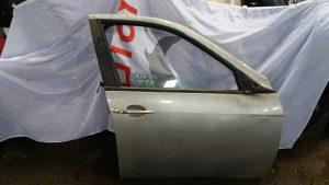 Alfa 156 prednja desna vrata