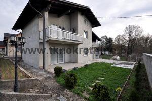Kuća novije gradnje 200 m², na parceli 707 m², Bikodže
