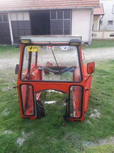Kabina za traktor imt 539