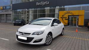 Opel Astra J sedan 1.6 CDTi - kilometraza 13.100 km
