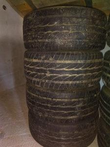 Dunlop gume djip 275 55 17