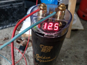 Elektrolitski kondenzator za auto muziku 1000000 mf