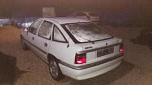 Vectra, benzin, 1993 god, 500 KM.