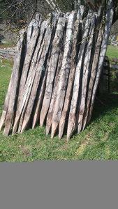 Kolci hrastovi za maline i ogradu