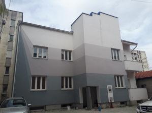 Prodaje se kuća u centru grada na 4 etaze