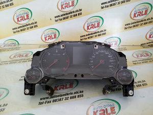 Kilometar sat Audi A8 4.2 TDI 4E0920900F KRLE 17184