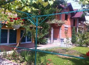 Dvije kuće na Klancu na placu od cca 900 m2 132/ozk