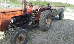 Traktor ursuz ursus 355