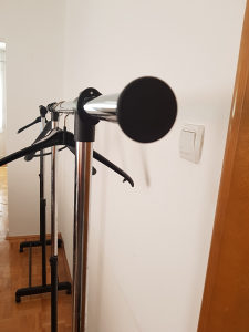 Pokretni stalak za garderobu i obuću