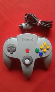 Nintendo 64 kontroler (džojstik, joystick)