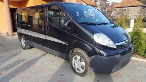 Opel vivaro 2.0cdti 2011god