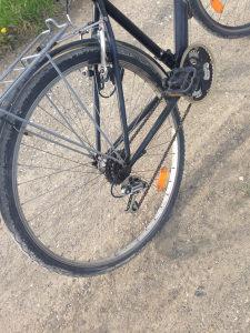 Prodajem bicikl muski-ženski