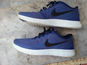 patike Nike FREE RN