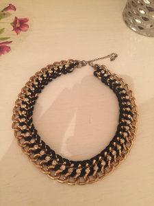 Ženska ogrlica