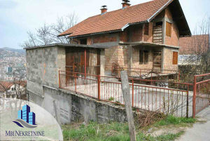 Hrasno // prodaje se devastirana kuća od 400 m2