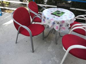 Sto i stolice 150 KM sto i 4 stolice