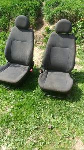 Auto Sjedišta