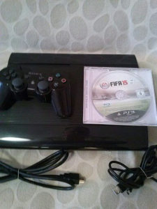 PS2  SUPER  SLIMKONZOLA   HDD 12GB