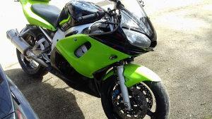 Yamaha r6.......Najjeftinija na piku..