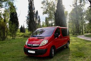 Kombi Opel Vivaro sa trozonskom klimom