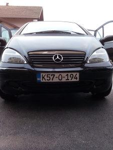 Mercedes benz reg. 08/18