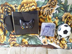 Xbox 360 S 250 GB 54 igrica