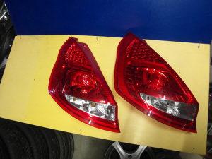 Lijeva stoplampa Ford Fiesta MK6